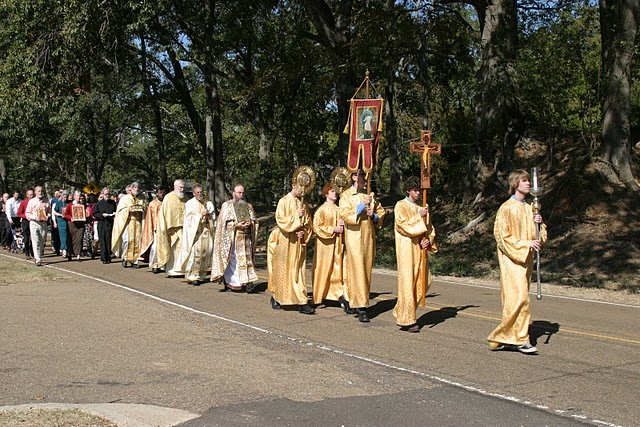 procession_to_new_church